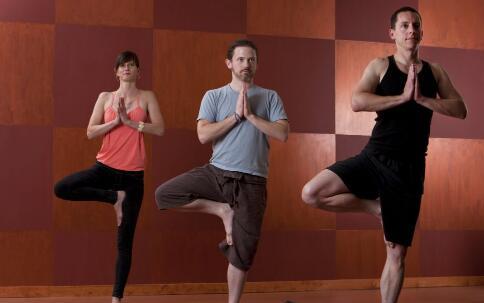 最适合白领的瑜伽 瑜伽减肥 什么样的瑜伽可以减肥