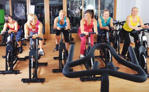 跑步机减肥吗 怎么用跑步机减肥 跑步机使用注意事项