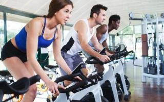 办公室微运动省时又解乏_办公室健身_健身_99健康网