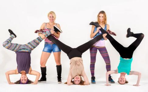 跳拉丁舞能瘦腿吗 拉丁舞怎么瘦腿 学拉丁舞有什么好处