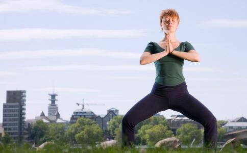 睡前瑜伽动作 哪些瑜伽助睡眠 经常做瑜伽的好处