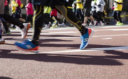 跑步虽简单,也要掌握正确技巧_有氧运动_健身_99健康网