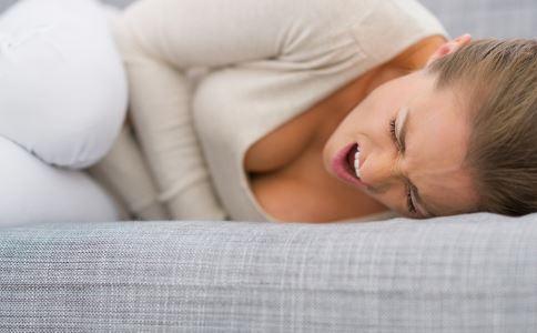 吃宵夜的会容易胃溃疡吗 胃溃疡患者该如何保健 如何保护肠胃健康