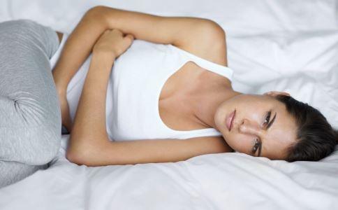 急性肠胃炎怎么治疗 急性肠胃炎的食疗方法有哪些 急性肠胃炎该怎么治疗