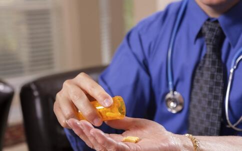 不能放在一起的药物 哪些药要分开放 药物如何摆放