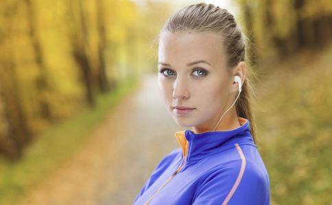 常坐的女人容易患上妇科病吗 怎样预防妇科疾病 女人日常如何锻炼