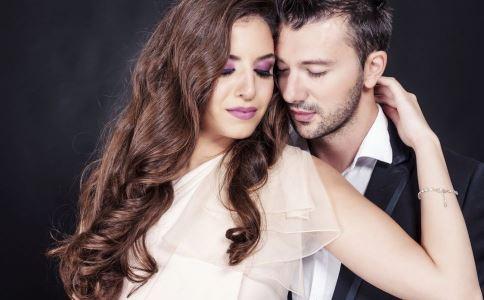 夫妻异地男人如何解决情感需求 异地幸福吗 异地恋好吗