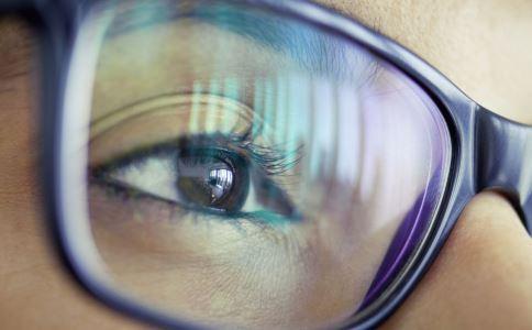 脸型适合哪种双眼皮 割双眼皮要了解什么 割双眼皮常识