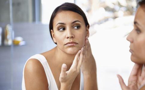 哪些原因会导致脸部变形 单边牙齿吃饭的危害 单边牙齿吃饭会导致脸部变形吗