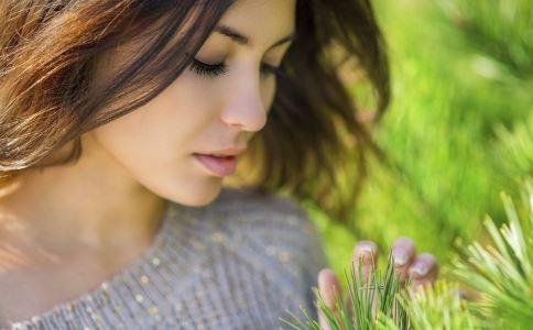 瘦脸选择吸脂还是注射好 吸脂瘦脸和注射瘦脸哪个比较合适