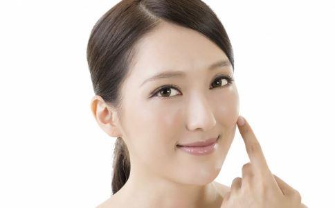 假体隆鼻是怎么做的 假体隆鼻后怎么消肿 假体隆鼻后要注意什么