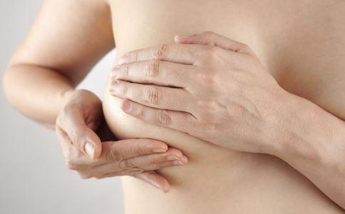 隆胸手术的风险性有多大 隆胸手术有什么危害 隆胸后如何护理