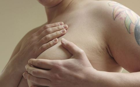 假体隆胸有什么特点 假体隆胸会影响哺乳吗 假体隆胸术后要注意什么