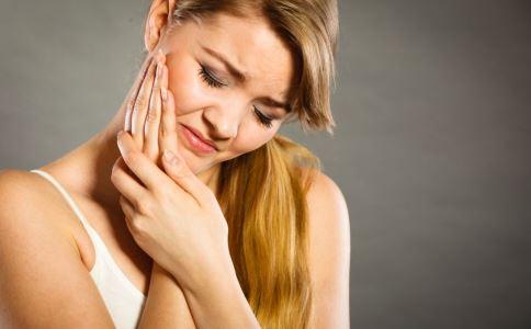 牙齿美白的方法有哪些 牙齿美白的价格受什么影响 牙齿美白有哪些方法