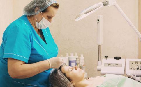 面部吸脂术后的护理事项 面部吸脂术后怎么护理 面部吸脂术后如何护理