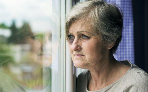 孤独恐惧症的病因 孤独恐惧症如何治疗 孤独恐惧症怎么护理