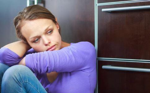 抑郁症的危害 抑郁症有哪些危害 抑郁症的危害有哪些