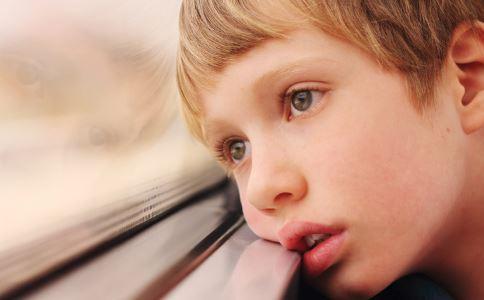 妈妈社交 社交恐惧症怎么办 社交恐惧怎么办