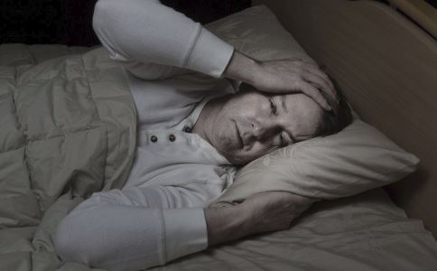 晚上失眠怎么调理 中老年人失眠怎么办 中年人失眠怎么办