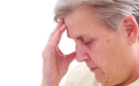 偏头痛的原因有哪些 偏头痛会遗传吗 引发偏头痛的因素有哪些