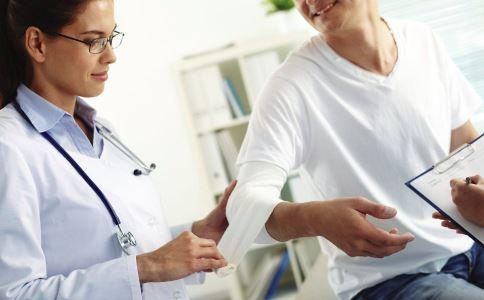 食道癌并发症的危害 什么是食道癌并发症 食道癌并发症怎么办