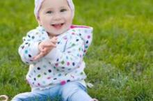 女宝宝也会得阴道炎 妈妈小心护理为妙