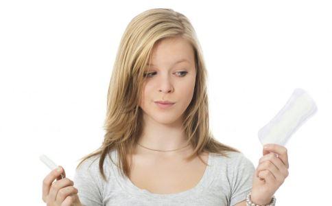 女人常用护垫有哪些危害 使用护垫要注意什么 女性为什么不能常用护垫