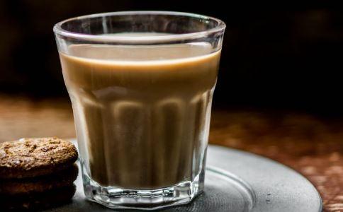 喝咖啡有什么危害 喝咖啡的危害有哪些 喝咖啡好吗