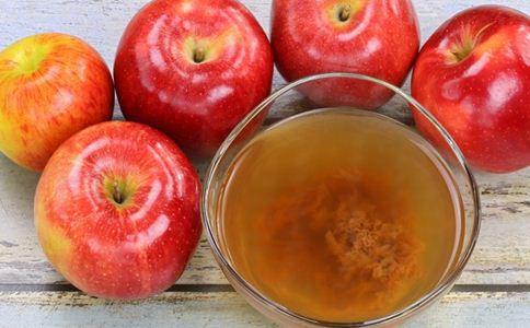 秋天宝宝吃什么水果好 秋季宝宝喝什么果汁好 秋季儿童饮食