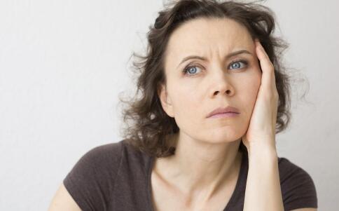 女性更年期有哪些症状 更年期有哪些变化 女性更年期从什么时候开始