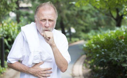 秋季哮喘频发怎么办 秋季哮喘患者应该吃什么好 秋季哮喘犯了怎么办