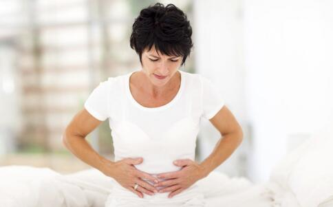 女性痛经的原因有哪些 吃哪些食物可以缓解痛经 缓解痛经的方法有哪些