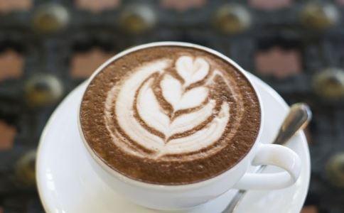 男人每天喝咖啡提神?小心精子在减少