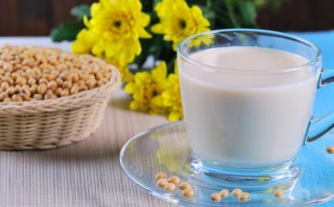 可以 高血压 防治 有助 豆浆 食品 女性 含有 防止 最好 期间