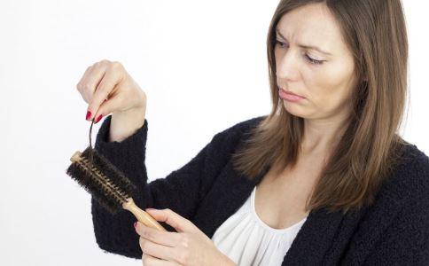 秋天掉头发正常 护理头发这几点要注意