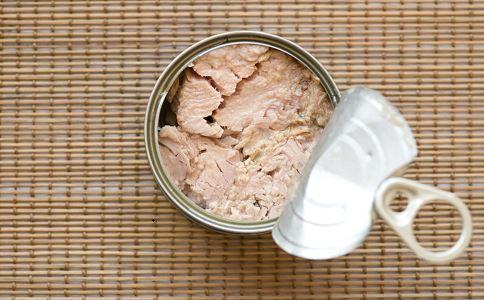 嚼话梅烂12颗牙 哪些食物对牙齿有害 吃哪些食物对牙齿不好