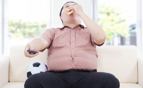 肥胖的男人 小心不育赖上你