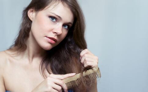 秋季掉发的原因是什么 秋季如何防止掉发 防止掉发的方法有哪些