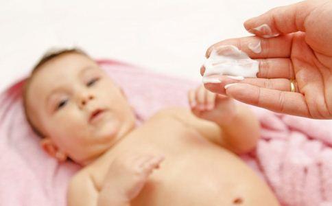 新生儿肚脐眼发炎怎么办 正确护理很重要