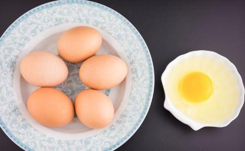 吃什么可以调理卵巢功能 保养卵巢有哪些方法 卵巢衰退有哪些危害