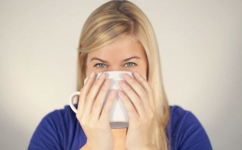 喝热水治百病 热水治百病 为什么喝热水治百病