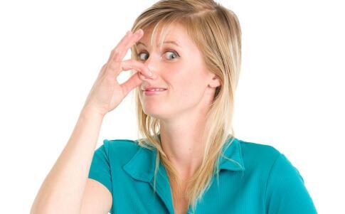 酒渣鼻各阶段应该如何用药 酒渣鼻的用药方法 酒渣鼻应该如何用药