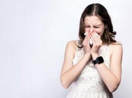 酒糟鼻容易与哪些症状混淆?
