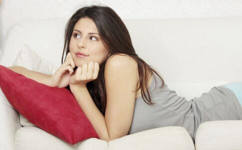 怀孕期间皮肤会出现哪些问题 怀孕期间出现的皮肤问题 孕期皮肤问题护理方法