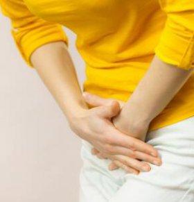 女性卵巢囊肿有什么症状 卵巢囊肿应该怎么办 卵巢囊肿饮食吃什么好
