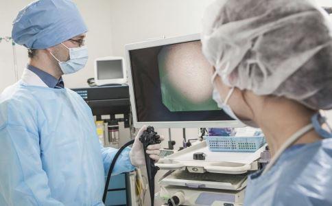 卵巢癌怎样可以检查出来 卵巢癌如何确诊 卵巢癌怎么治疗