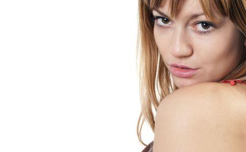 熬夜对女人的坏处 女人熬夜的坏处 熬夜是女人的天敌