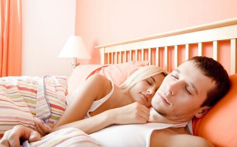 男人如何在床上更持久 男人在床上更持久的方法 男人怎么做可以在床上更持久