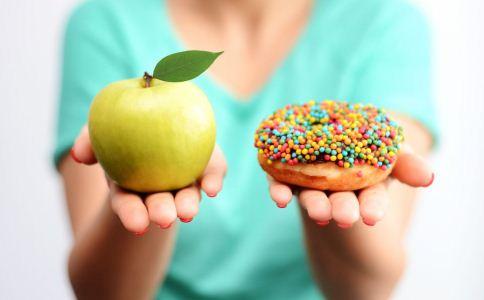 空腹不能吃什么 空腹吃什么好 空腹吃东西好吗