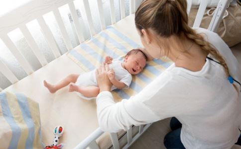 婴儿中风症状 宝宝中风症状 如何预防中风
